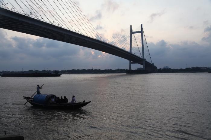 KolkataGanga1563