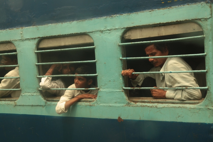 train to Kolkata1057